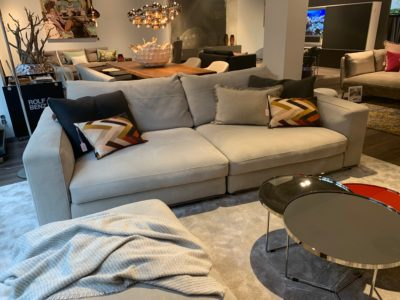 Avelis Couch Cierre Dolce Vita